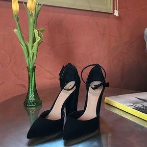 ALDO black suede pointed toe chunky heel 7.5